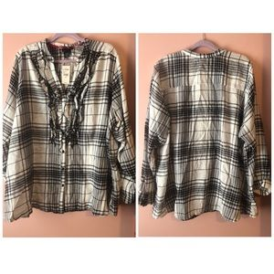 NWT Plus Size Flannel ButtonUp Lane Bryant | 26/28